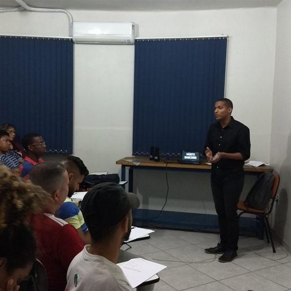 palestra de educação financeira